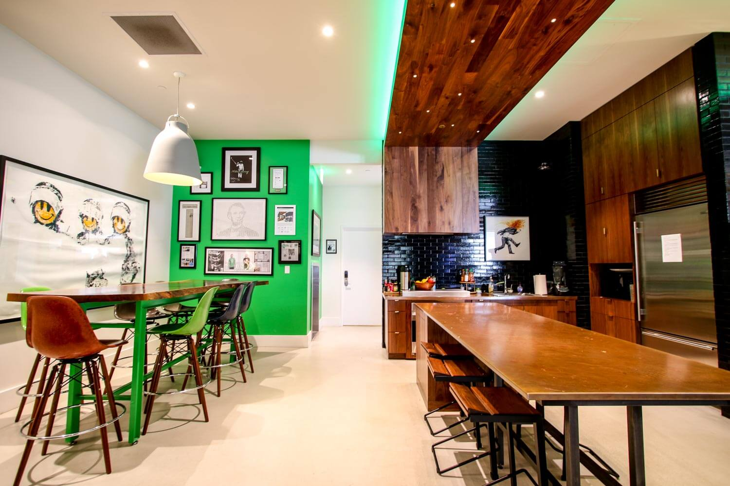 theChive Office-12