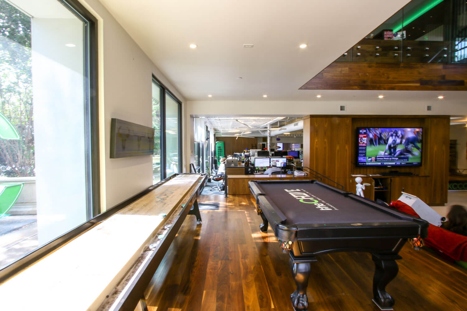 theChive Office-15