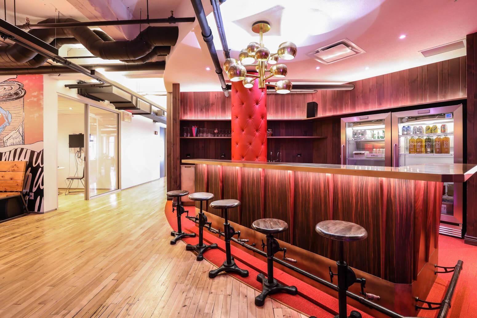 Shutterstock Montreal Office Killer Spaces-14