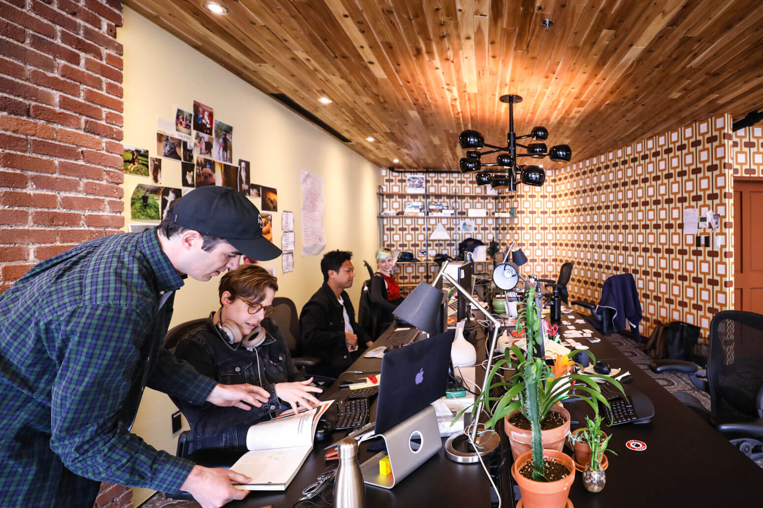 Shutterstock Montreal Office Killer Spaces-17