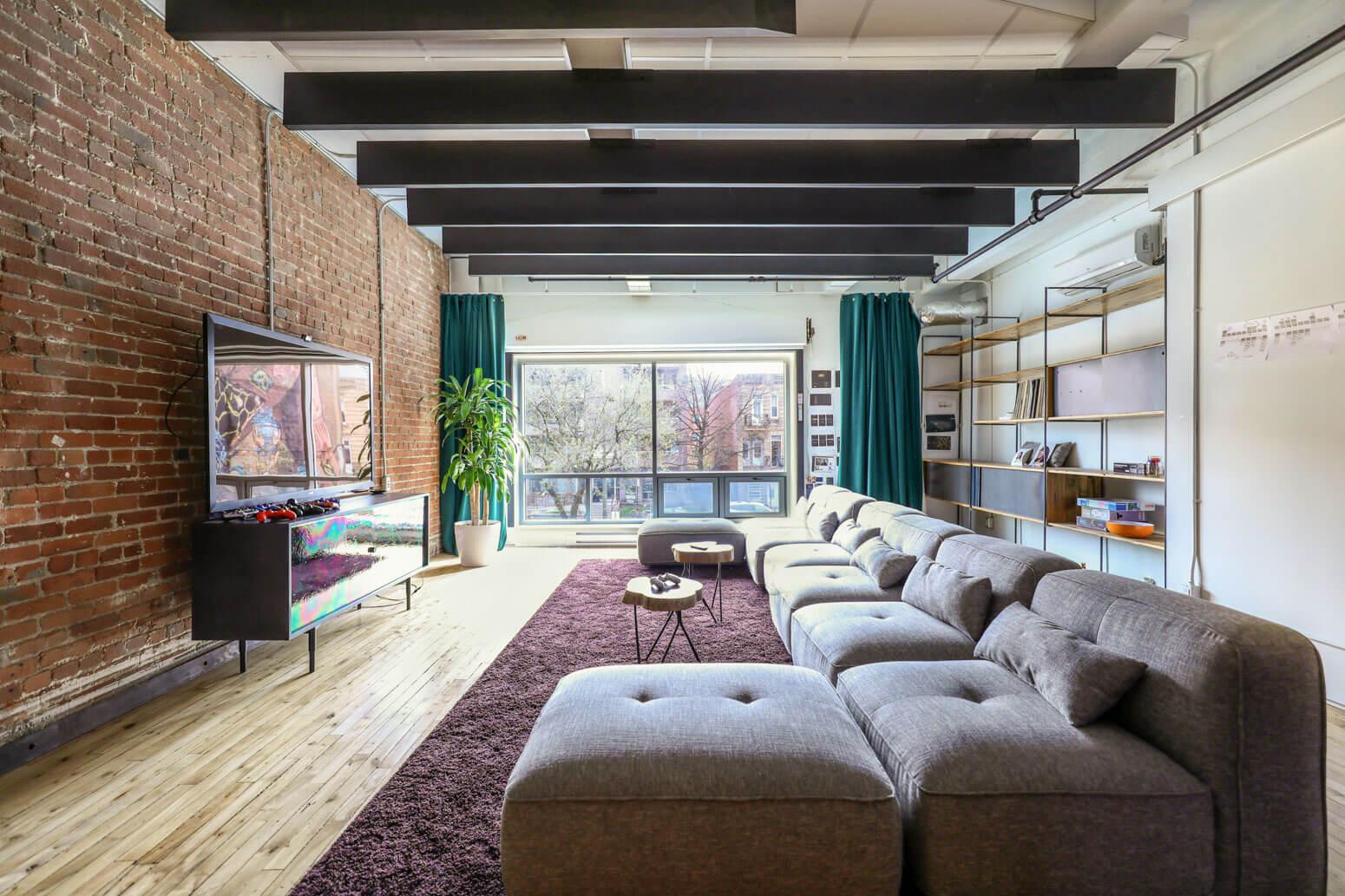 Shutterstock Montreal Office Killer Spaces-20