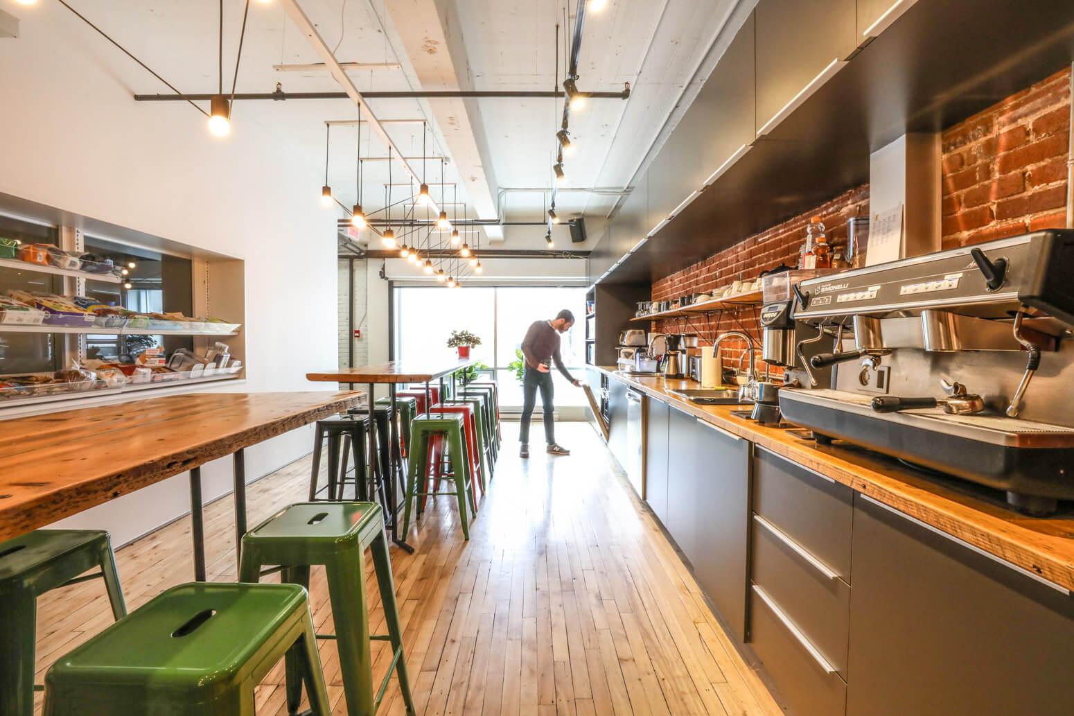 Shutterstock Montreal Office Killer Spaces-12
