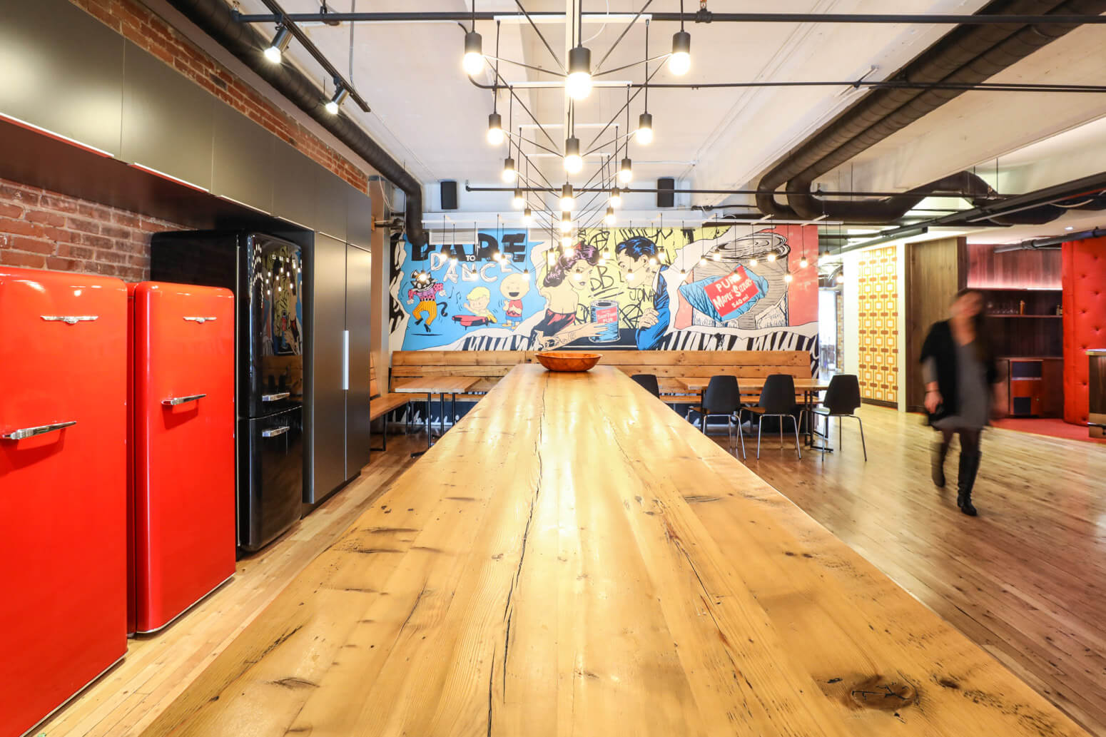 Shutterstock Montreal Office Killer Spaces-13