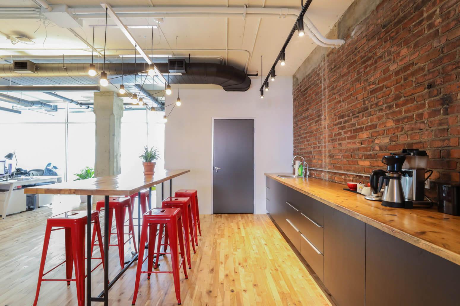 Shutterstock Montreal Office Killer Spaces-2