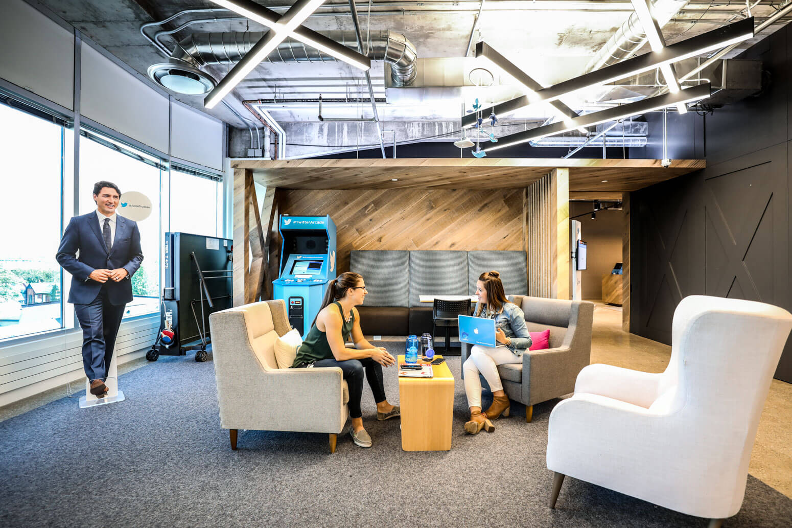 Twitter Canada Office Killer Spaces-3