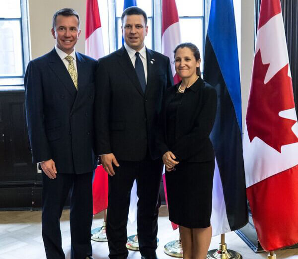 Brison with Estonia's Prime Minster, Juri Ratas (centre) and Chrystia Freeland
